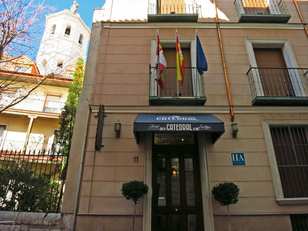 hotel-catedral-valladolid-rotulo